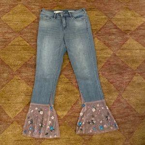 Pilcro crop flare jeans w/ tulle trim sz 26